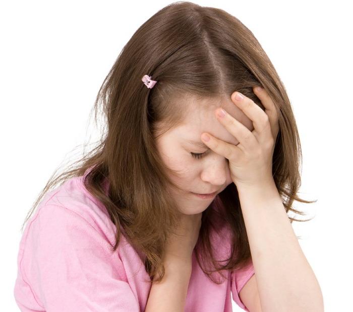 Что делать, если у ребенка болит голова в области